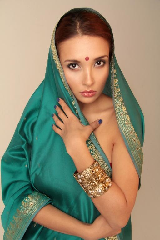 Фото голая индуска это